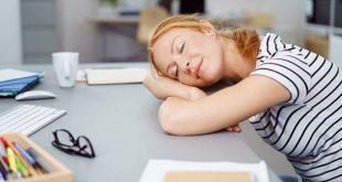 les-femmes-devraient-etre-autorisees-a-faire-la-sieste-au-travail-pour-augmenter-leur-productivite-725x375
