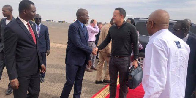 soumeylou-boubeye-maiga-asma-pm-premier-ministre-malien-chef-gouvernement-leo-varadkar-irlande-visite-aeroport-bamako-senou