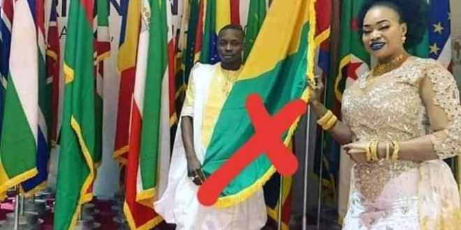 oumou-sangare-sidiki-diabate-artiste-chanteur-muscien-tromper-drapeau-mali