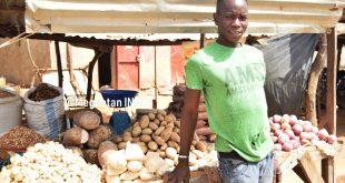 Fodé-Diarra-vendeur-d'oignon-Koulikoro-gare