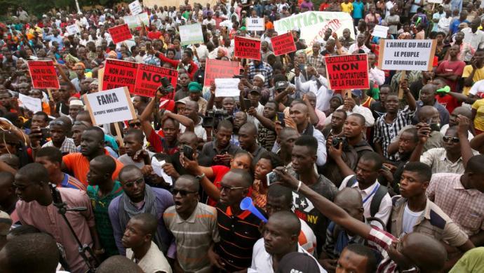 manifestation-marche-opposant-malien-colere-dictature-fraude-election-presidentielle