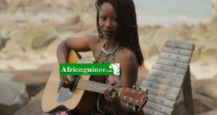 natu_camara_du_goupe_ideal_black_girl
