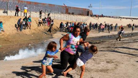 2018-11-26t221559z_1981327044_rc1c568b62f0_rtrmadp_3_usa-immigration-caravan_0