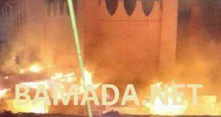 Incendie-accident-flamme-feu-grand-marche-rose-legume-bamako