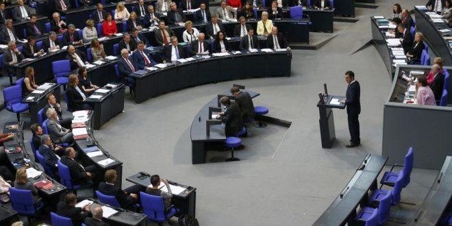 Après le vote du Bundestag sur le génocide arménien, les journaux s'enflamment