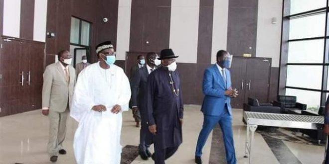 Le Médiateur de la CEDEAO dans le règlement de la crise socio politique au Mali, M. Goodluck JONATHAN est arrivé ce lundi 10 août à Bamako.